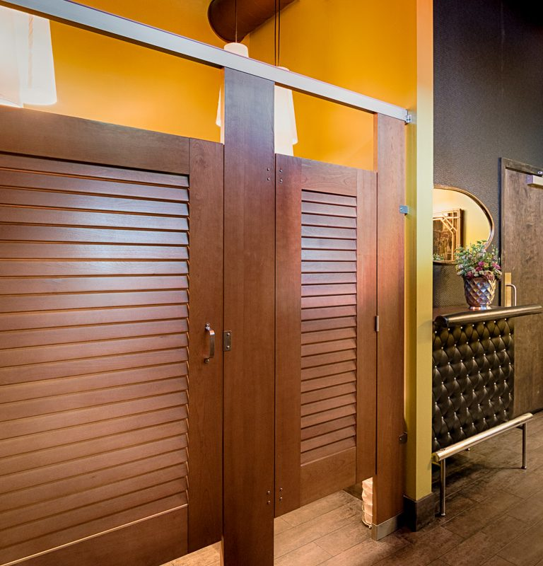 Туалетные перегородки – выбор в пользу клиента заведения